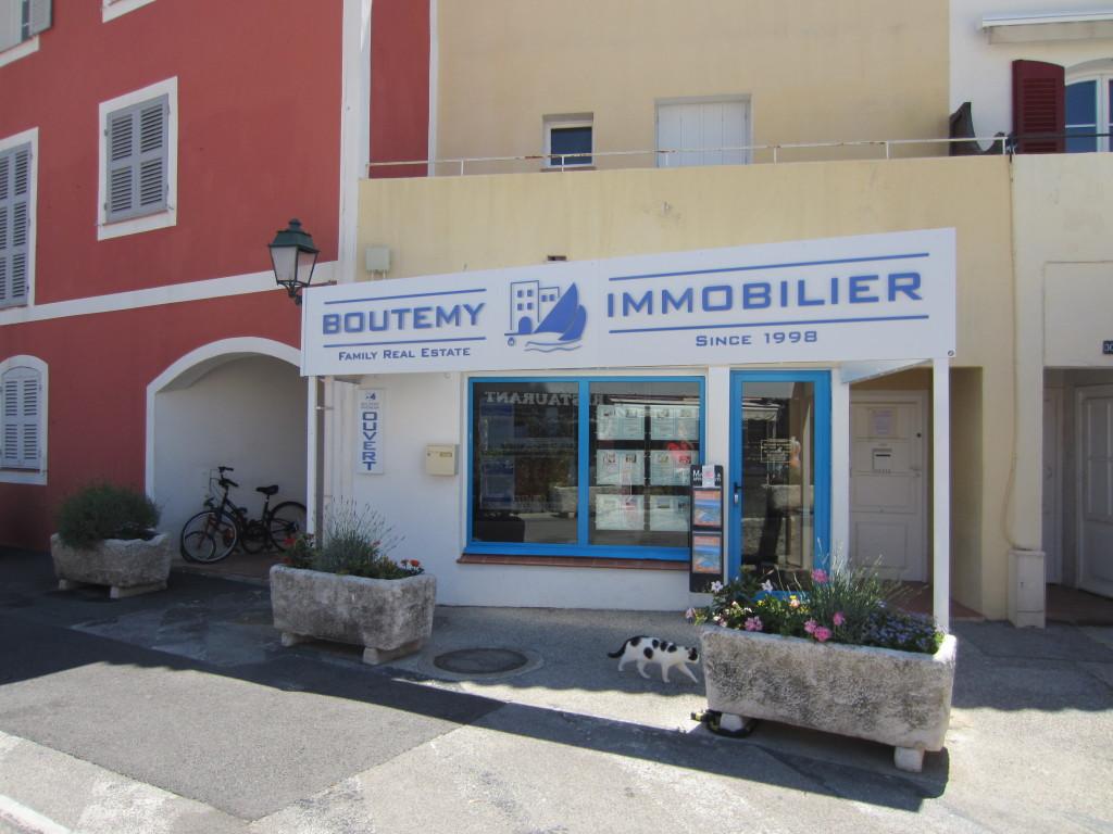 Agence Boutemy Immobilier au 32 place des Artisans
