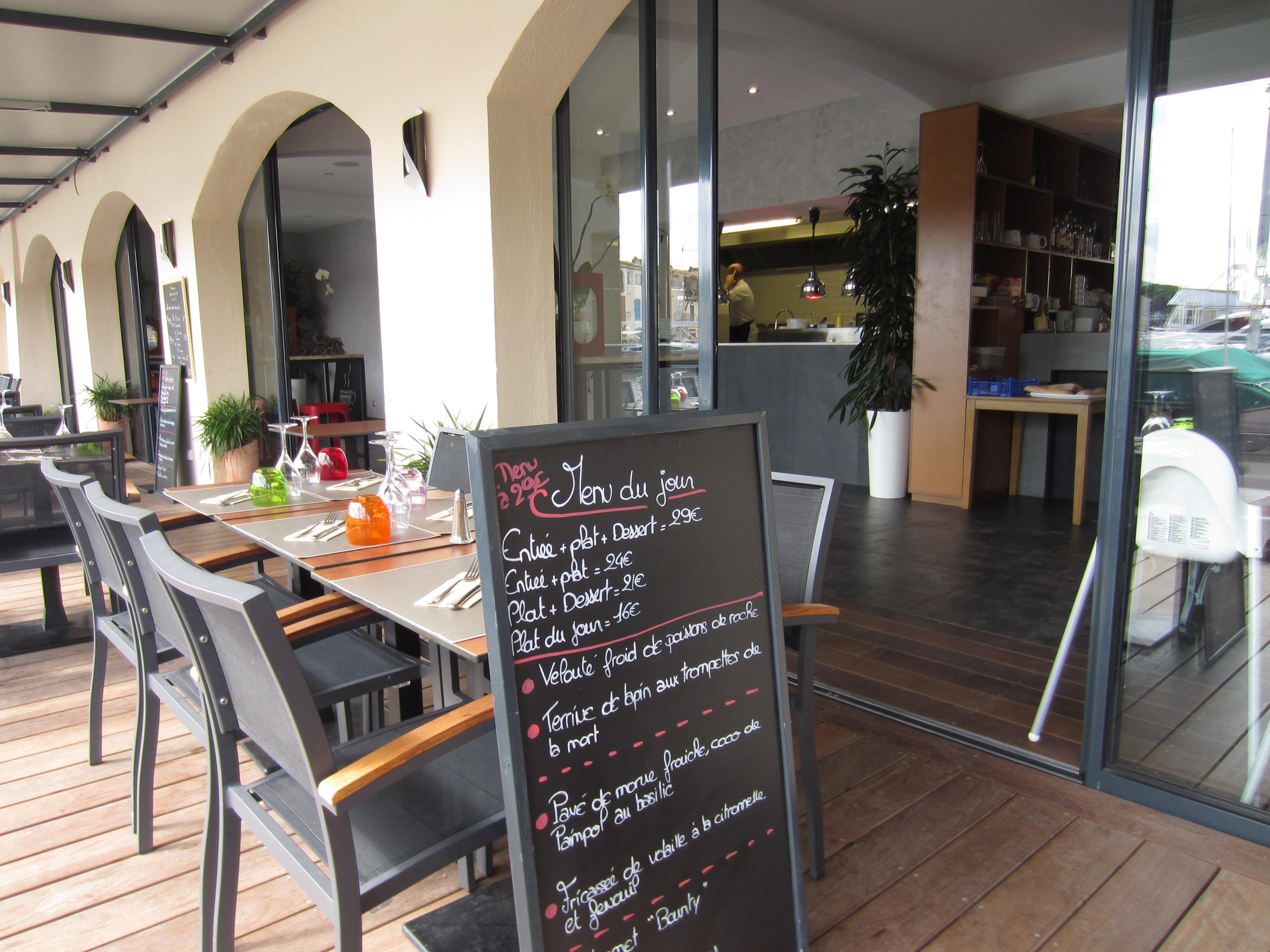 Café-Telline-Port-Grimaud-4