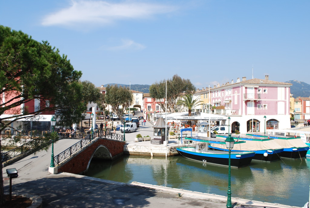 Canalis in Port Grimaud