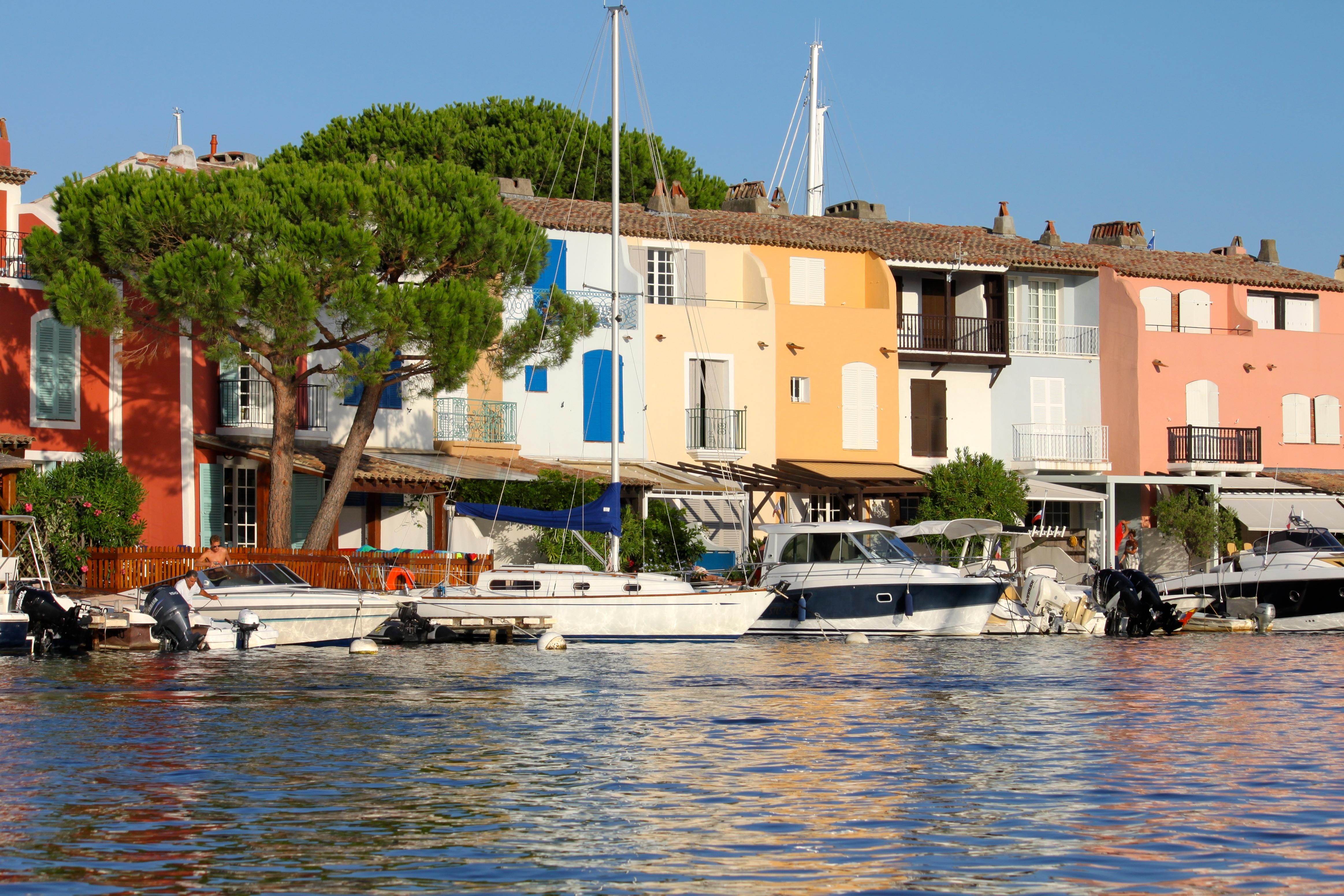 Louer port grimaud blog sur port grimaud sorties bon plans et conseil en immobilier - Location bateau port grimaud ...