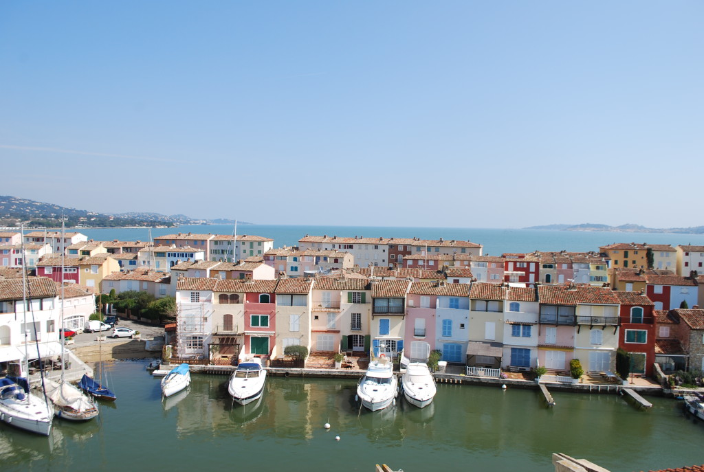 Apartments for sale in Port Grimaud