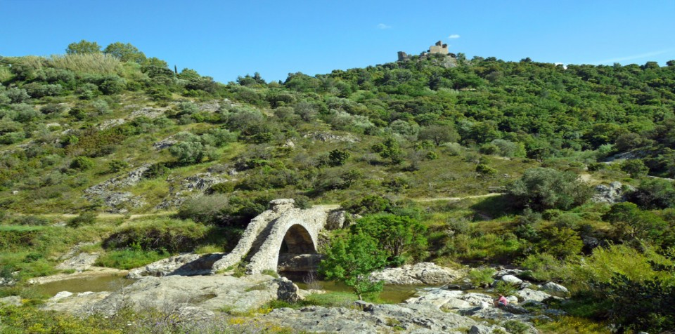 Fairy-bridge-grimaud