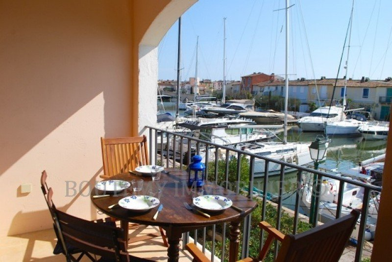 studio-apartment--port-grimaud