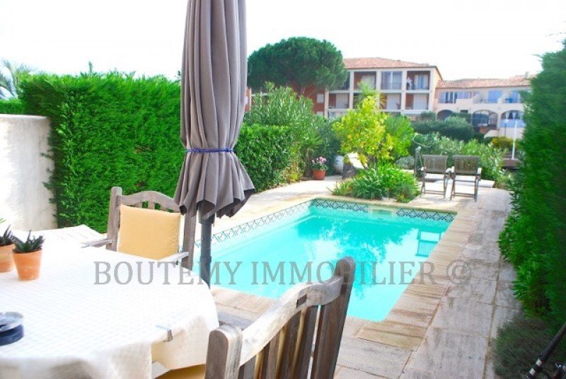 house-swimming-pool-port-grimaud-south