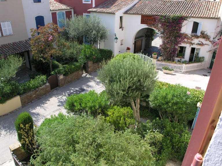 Villa with a garden in Port Grimaud