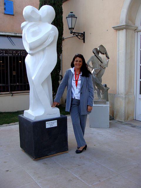 Céclie de Kock et sa sculpture l'Amour