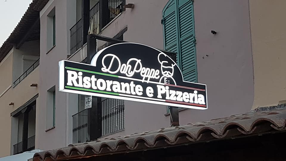 Nouvelle pizzeria Port Grimaud
