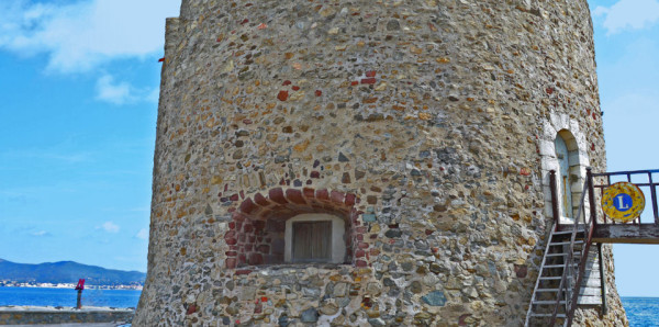The Portalet Tower Source :  Golfe de Saint-Tropez tourisme