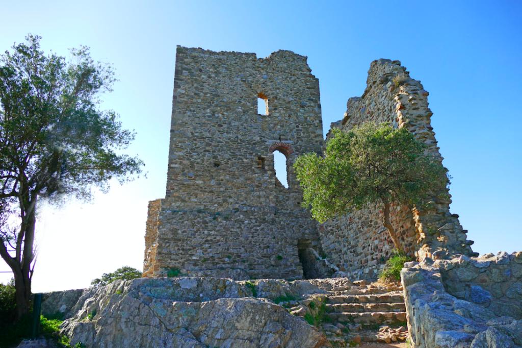 Les ruines du château de Grimaud, copyright Grimaud Tourisme